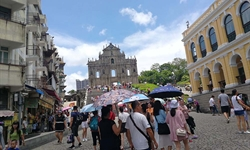 Macao's tourism sector witnesses mild rebound during National Day holiday