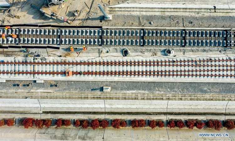 Zhengzhou-Wanzhou high-speed railway under construction